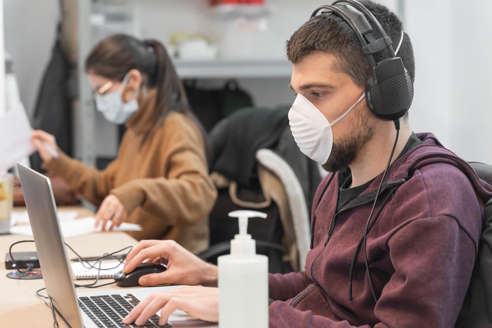 l ritorno a lavoro dopo le festività in tempi di pandemia